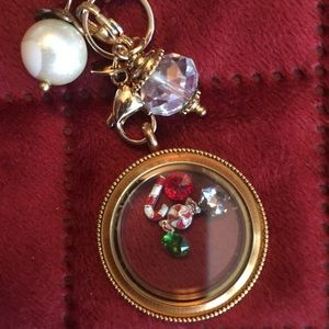 Origami Owl gold chain and locket